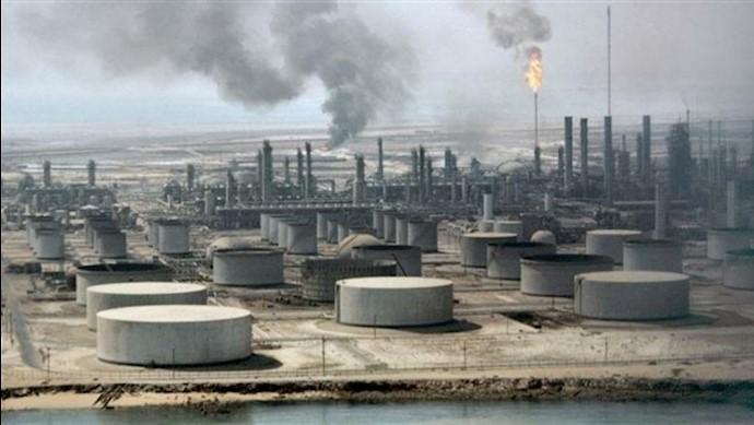 حمله موشکی و پهپادی به تاسیسات نفت آرامکو عربستان