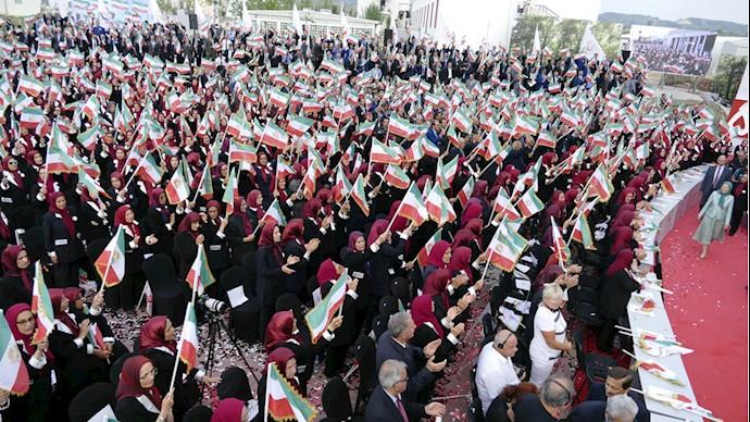 مراسم بزرگداشت آغاز پنجاه و پنجمین سال تأسیس سازمان – اشرف ۳