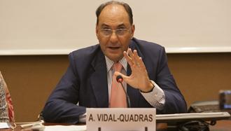 دکتر آلخو ویدال کوادراس ـ رئیس کمیتة بینالمللی در جستجوی عدالت