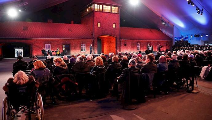 مراسم هفتاد و پنجمین سالگرد آزادسازی اردوگاه مرگ آشویتس در لهستان