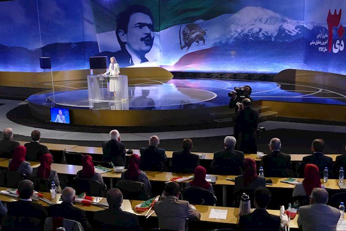 مریم رجوی - سخنرانی در سالروز ۳۰دی، آزادی آخرین دسته زندانیان سیاسی شاه