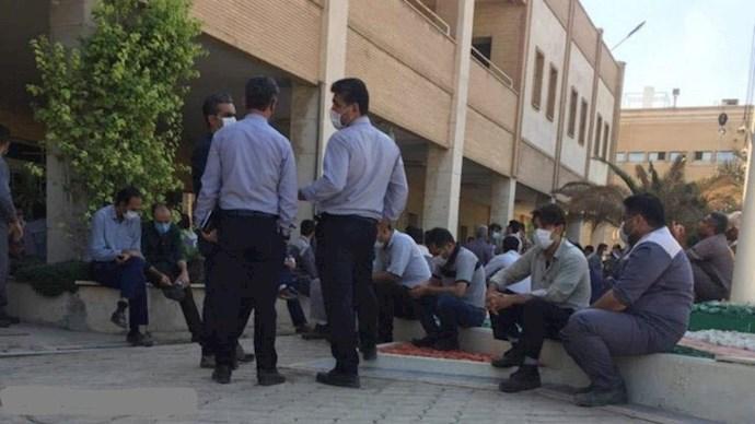تجمع کارگران پتروشیمی رازی در ماهشهر