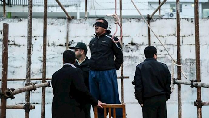 اعدام در حامیت ننگین آخوندها