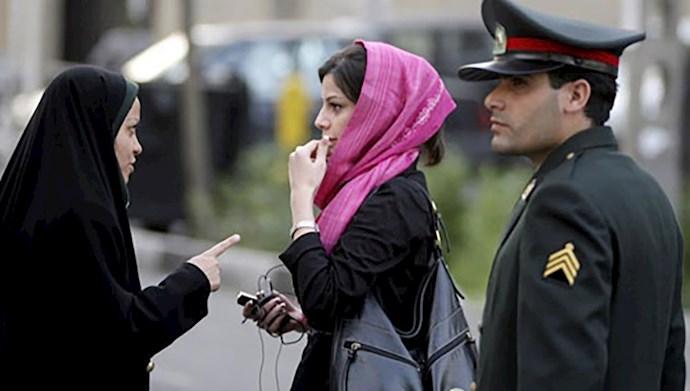سرکوب زنان تحت عنوان بی حجابی