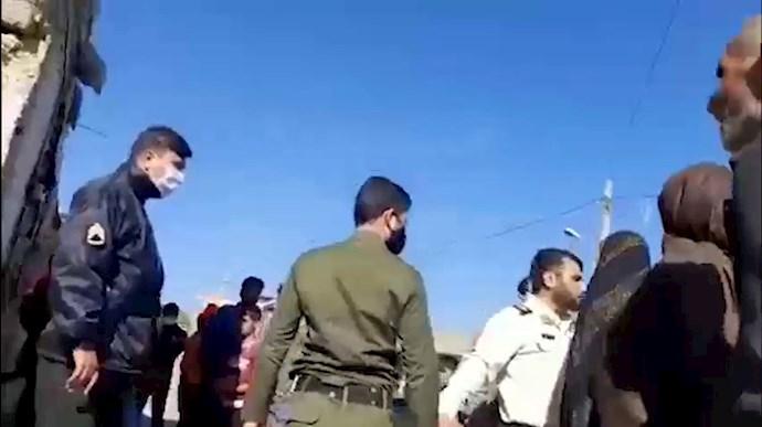 حمله وحشیانه مأموران رژیم به روستای اسماعیل آباد در مشهد