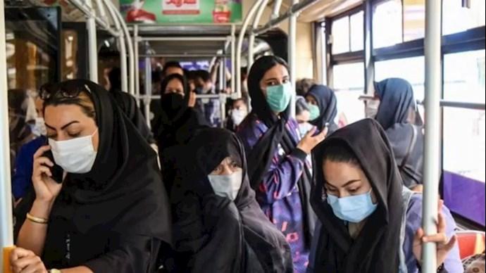 ازدحام جمعیت در  وسائل حمل و نقل عمومی