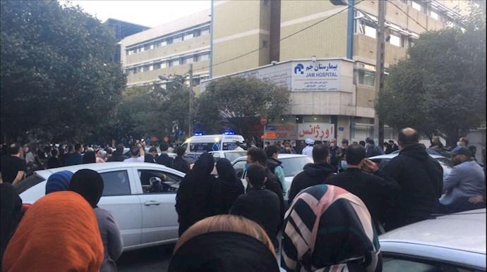 تجمع مردم مقابل بیمارستان جم خیابان مطهری - 1