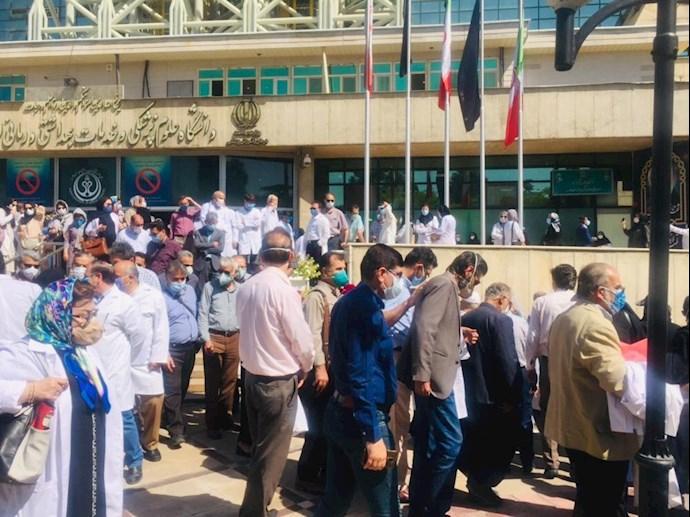 -اعتصاب پزشکان در شیراز
