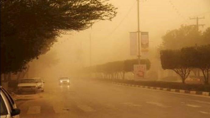 گرد و غبار در شهرهای خوزستان