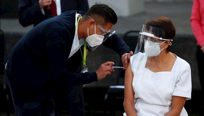 پرستار مکزیکی، نخستین کسی که در آمریکای لاتین واکسن کرونا به او تزریق شد