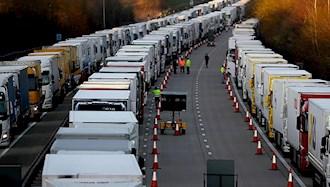 صفهای طولانی کامیونها در بندر دوور