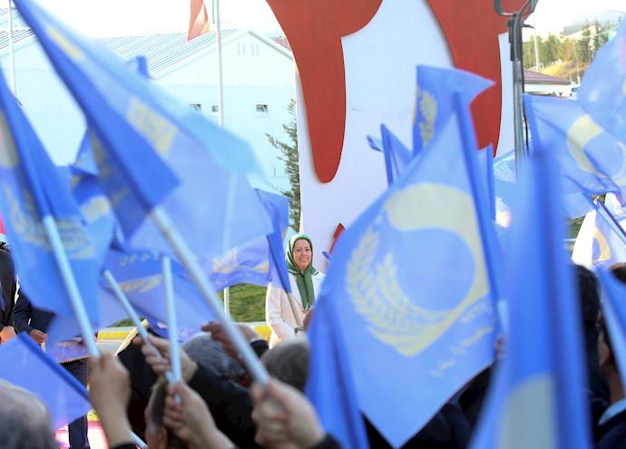 سخنرانی مریم رجوی بهمناسبت سالگرد انقلاب ضدسلطنتی