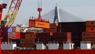 کاهش صادرات و واردات رژیم آخوندی