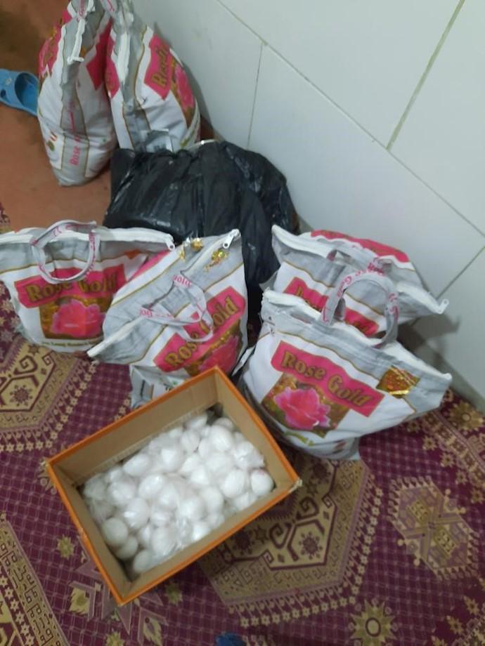 بروجرد.تهیه مواد غذایی برای نیازمندان توسط شورای مردمی.