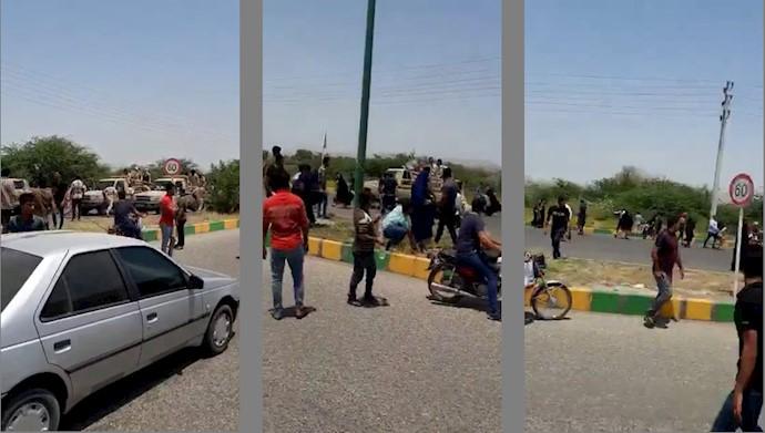 تجمع مردم در بندر کلاهی در  اعتراض بهقتل دو هموطن بلوچ
