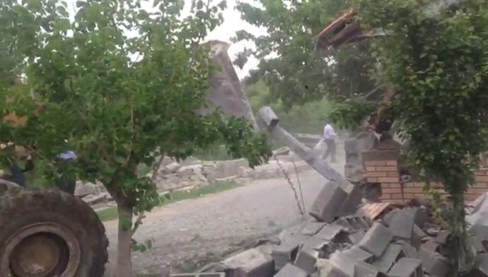 تخریب خانه های مردم توسط جهاد در عباس آباد کرج