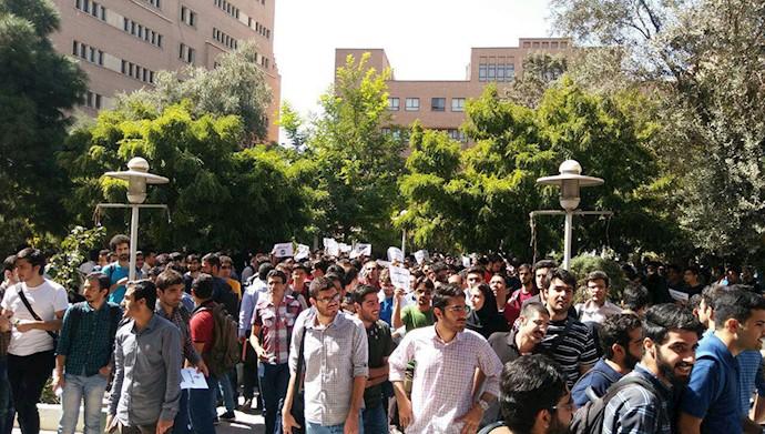 وحشت از محبوبیت مجاهدین در دانشگاه