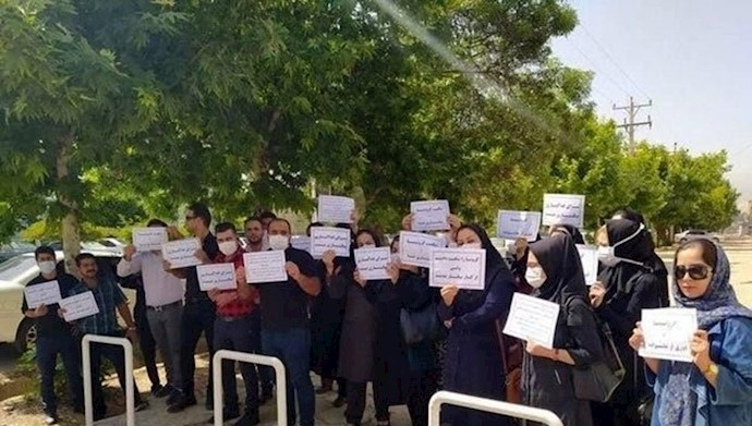 تجمع اعتراضی پرستاران داوطلب یاسوج