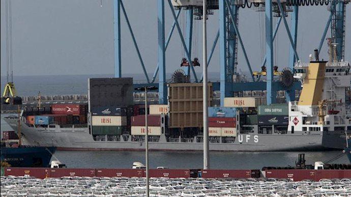 کاهش ۴۴درصدی صادرات رژیم ایران