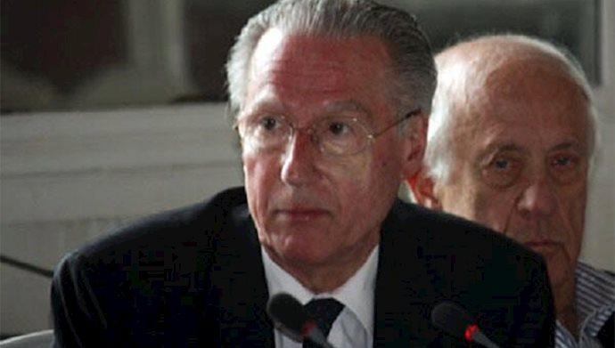 فرانسیس نیکولاد سفیر سابق فرانسه