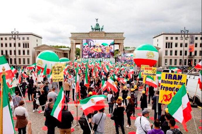 گردهمایی جهانی ایران آزاد - ۲۷تیرماه۱۳۹۹- آلمان - برلین - 4