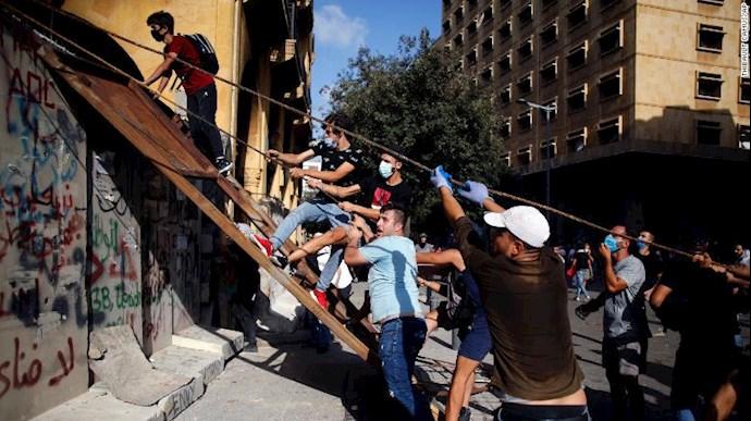 تظاهرات مردم بیروت - ۱۸مرداد۹۹ - 10