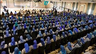 جلسه زنان در  اشرف ۳ - عکس از آرشیو