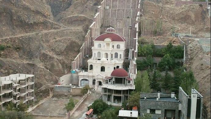 ساخت ویلاهای مجلل با کوه خواری در نظام ولایت