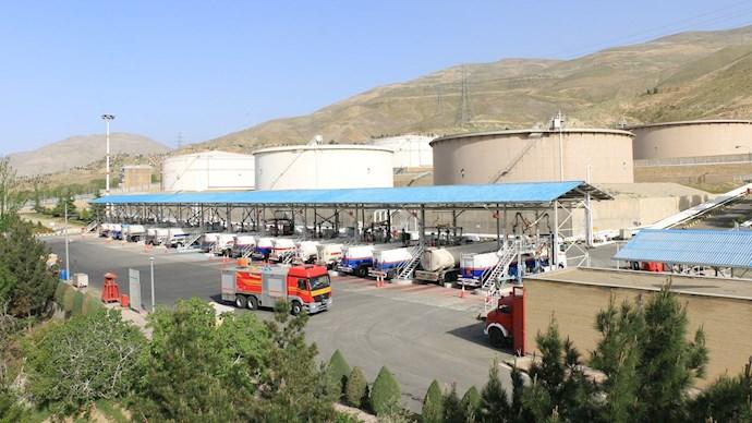 ابر مخازن نفت در شهران باعث نگرانی مردم این منطقه شده است