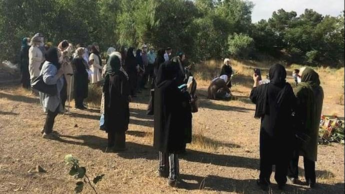 گرامیداشت قتلعام شدگان ۶۷ در خاوران