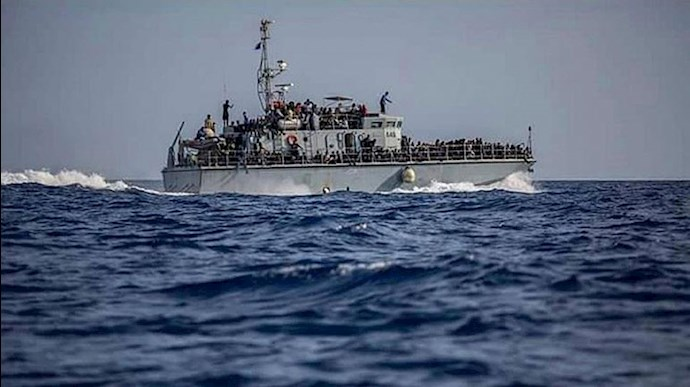 کشتی پناهجویان - عکس از آرشیو
