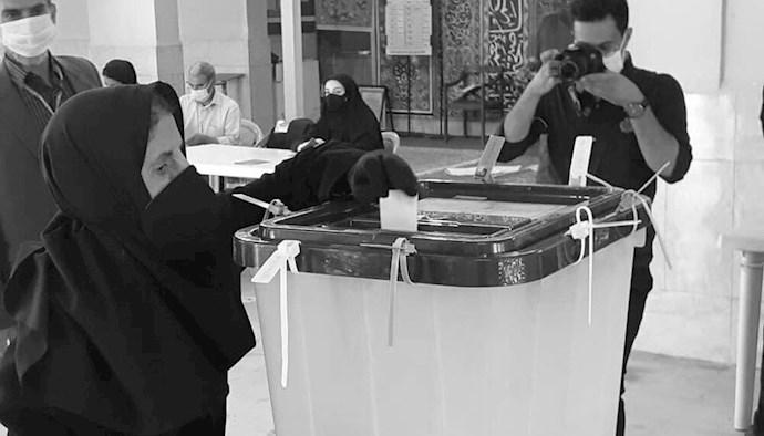 عدم مشارکت مردم در نمایش انتخابات رژیم