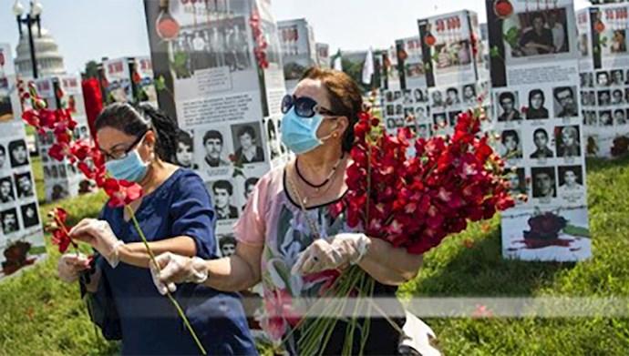 نمایشگاه عکس شهیدان در مقابل کنگره آمریکا