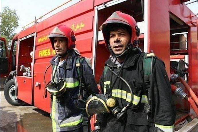 -تجمع آتشنشانان اصفهان