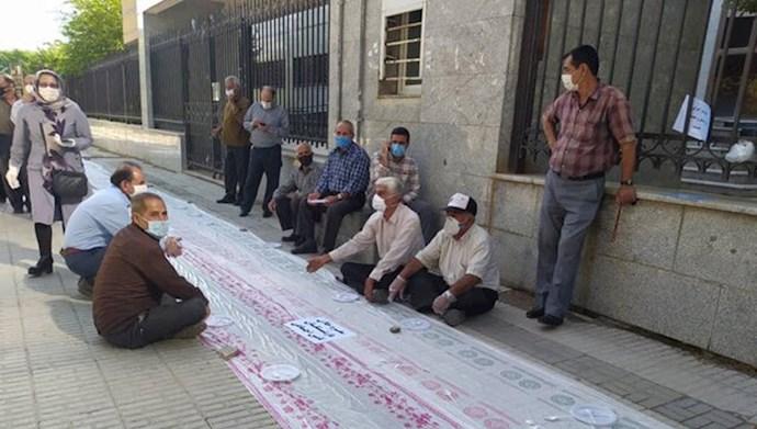 اعتراض مستمریبگیران تامین اجتماعی کرمانشاه