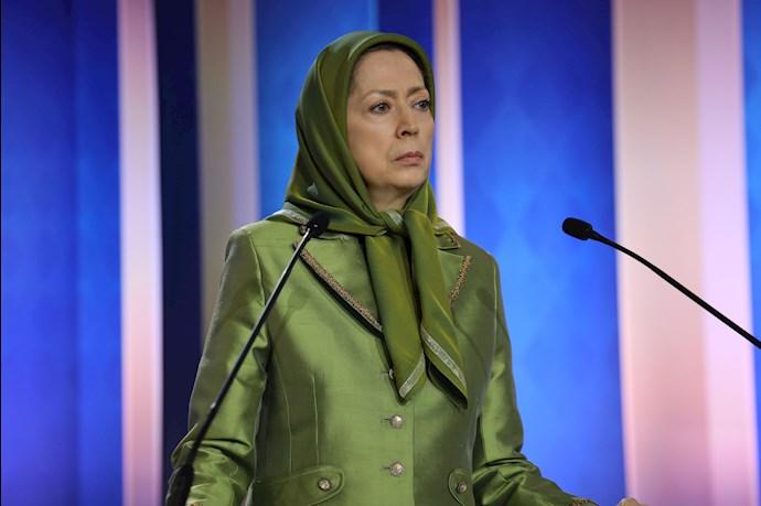 مریم رجوی - گلگذاری بر تصویر قهرمان ملی شهید نوید افکاری - 2