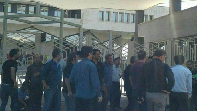 بازداشت دو تن از کارگران معترض کنتورسازی قزوین