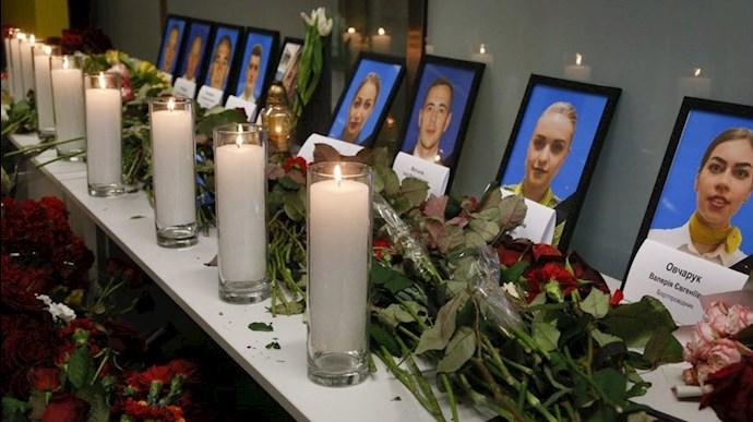 مراسم یادبود قربانیان پرواز۷۵۲ - عکس از آرشیو