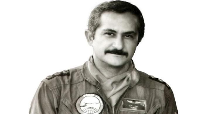 خلبان مجاهد سرهنگ بهزاذ معزی