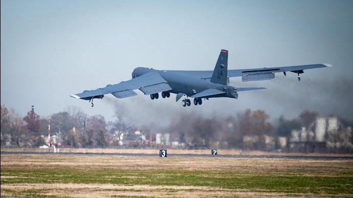پرواز بی-۵۲ بر فراز خلیج فارس