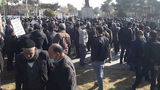 تجمع اعتراضی کشاورزان شرق اصفهان در فلکه خوراسگان