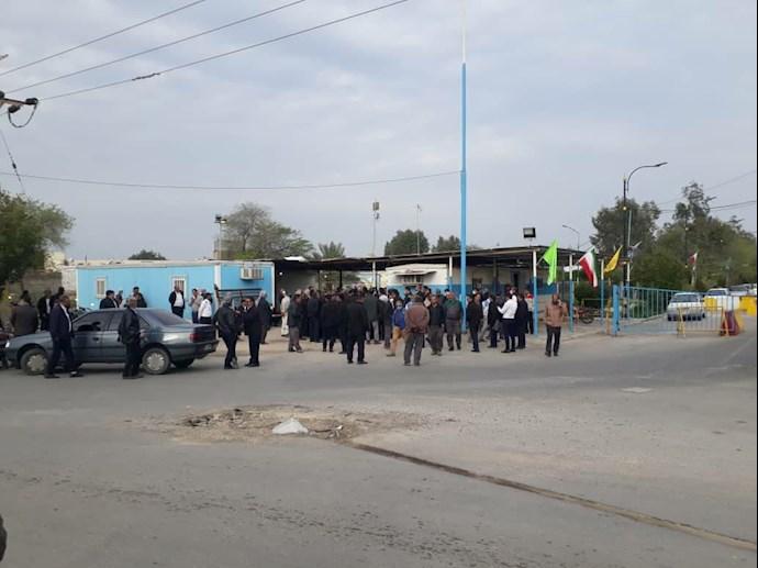 -تجمع اعتراضی نیروهای پیمانکار شرکت عملیات غیرصنعتی بندر ماهشهر