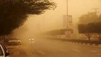 آلودگی هوا همراه با وزش باد شدید در  یزد
