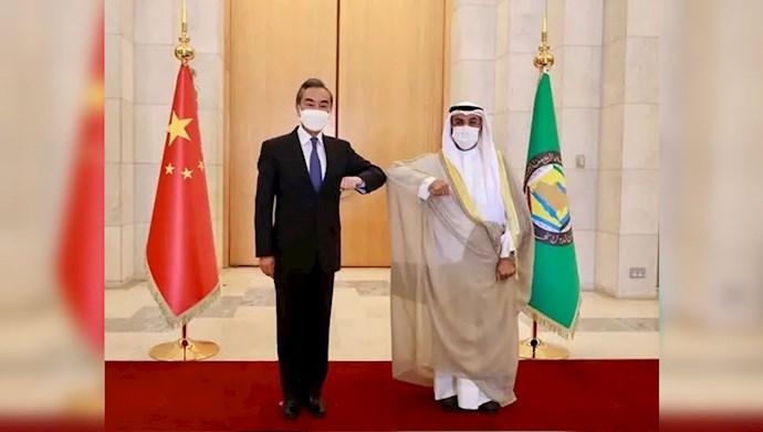 نایف بن فلاح مبارک الحجرف -  وانگ یی وزیر خارجه چین