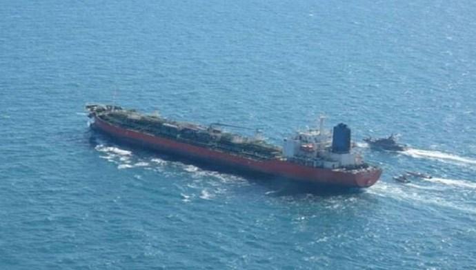 آزاد کردن کشتی کرهای