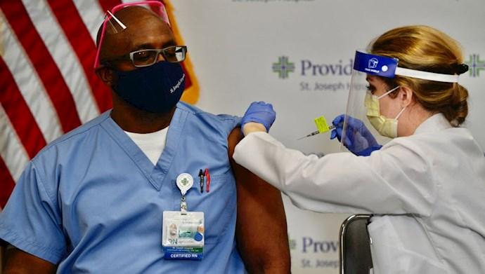 واکسیناسیون در آمریکا