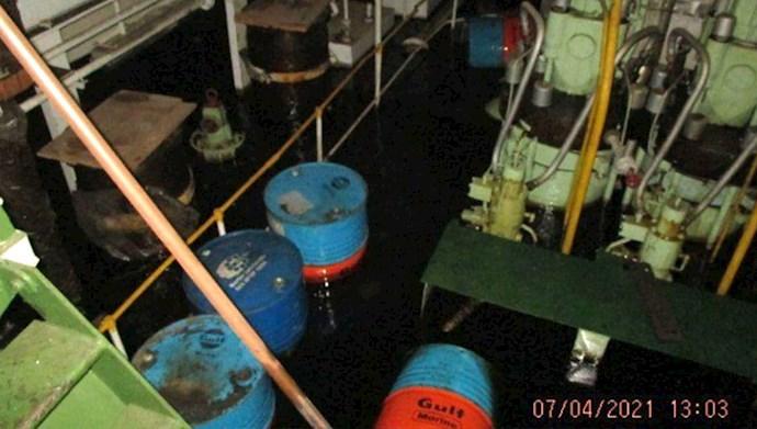 انفجار در کشتی ساویز در دریای سرخ متعلق به سپاه پاسداران