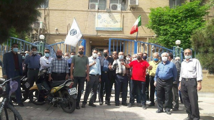 یزد - تجمع سراسری بازنشستگان ۱۸فروردین ۱۴۰۰