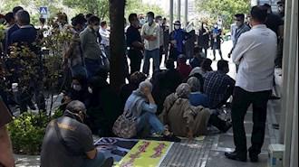 تجمع اعتراضی غارتشدگان بورس
