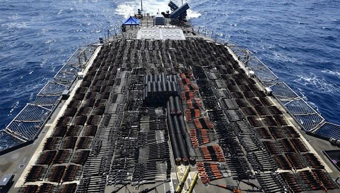توقیف تسلیحات غیرقانونی توسط رزمناو یو.اس.اس مونتری در شمال دریای عمان